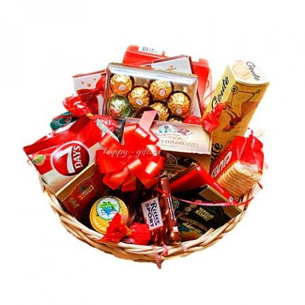 """Подарочная корзина """"Шоколадный десерт"""""""