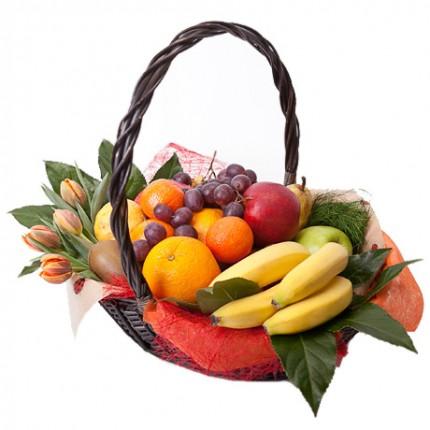"""Корзина фруктов и цветов """"Летняя свежесть"""""""