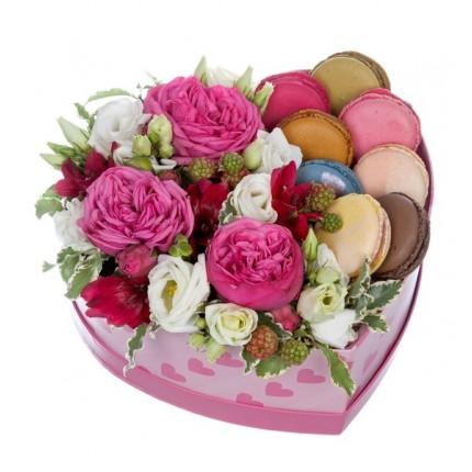 """Подарочная коробка """"Сладкое сердце"""""""