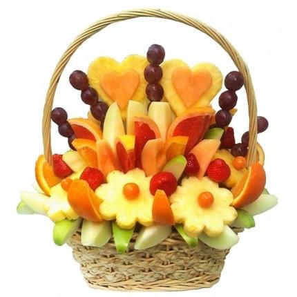 Корзина с фруктами Медовый месяц